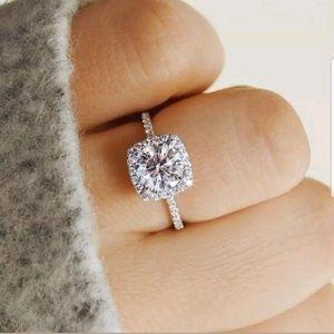 New Classic 925 Silver Round Cut White Sapphire